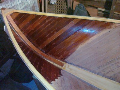 13.priming the hull with sealant epoxy